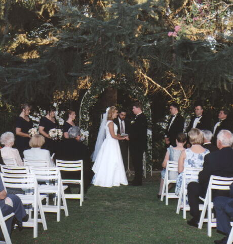 wedding 16.jpg (48546 bytes)